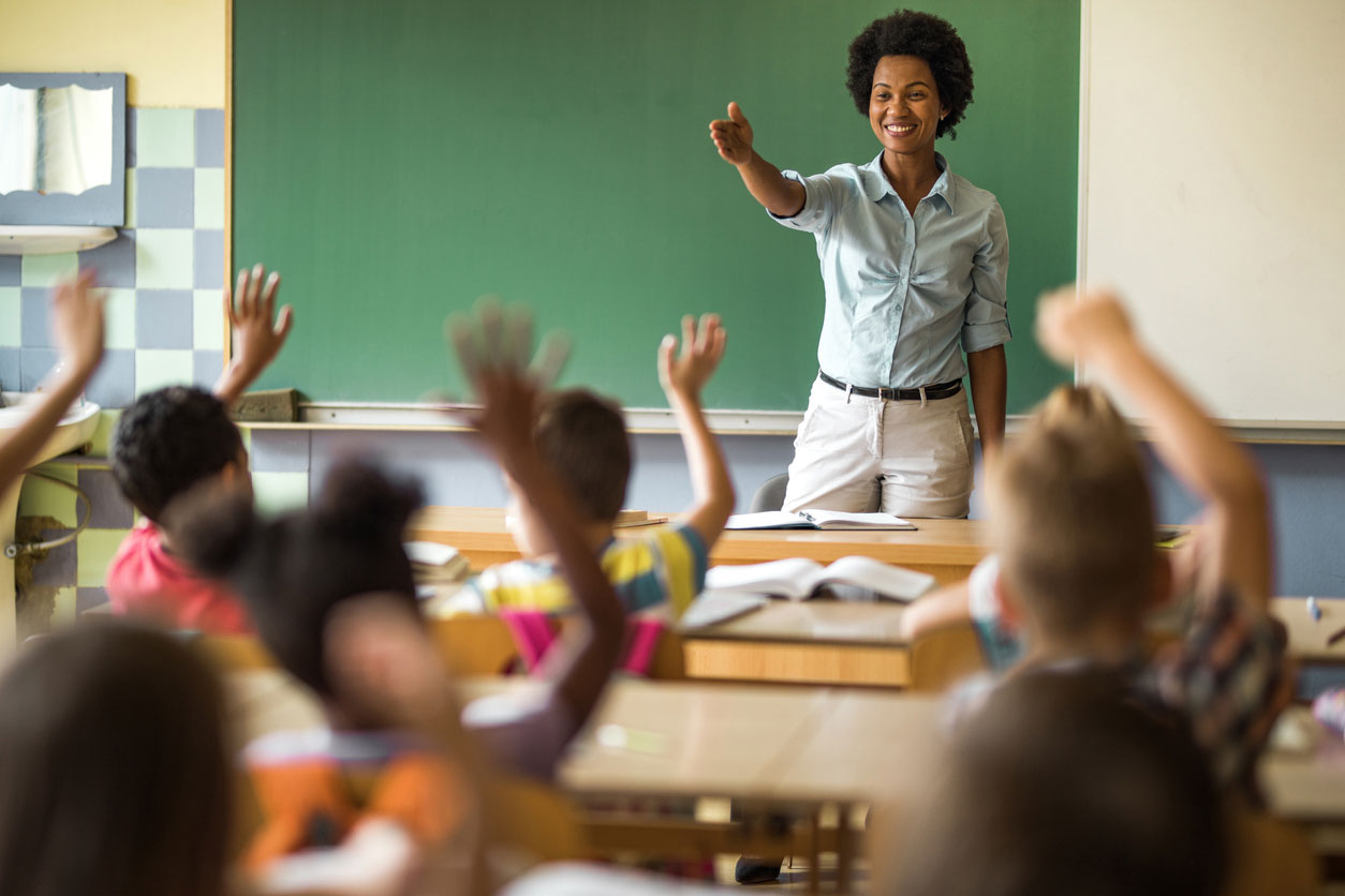 Teacher effectively managing her students